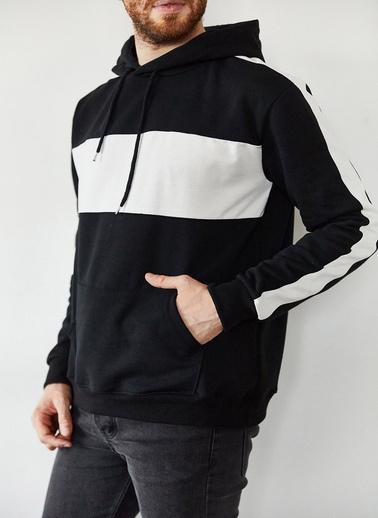 XHAN Siyah & Beyaz Blok Detaylı Kapüşonlu Sweatshirt 1Kxe8-44169-02 Siyah